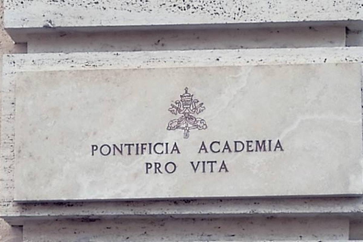 Nel messaggio all'Accademia per la Vita per il suo 25.esimo anniversario il Papa apre alla scienza, ma chiede che non venga ignorata la coscienza