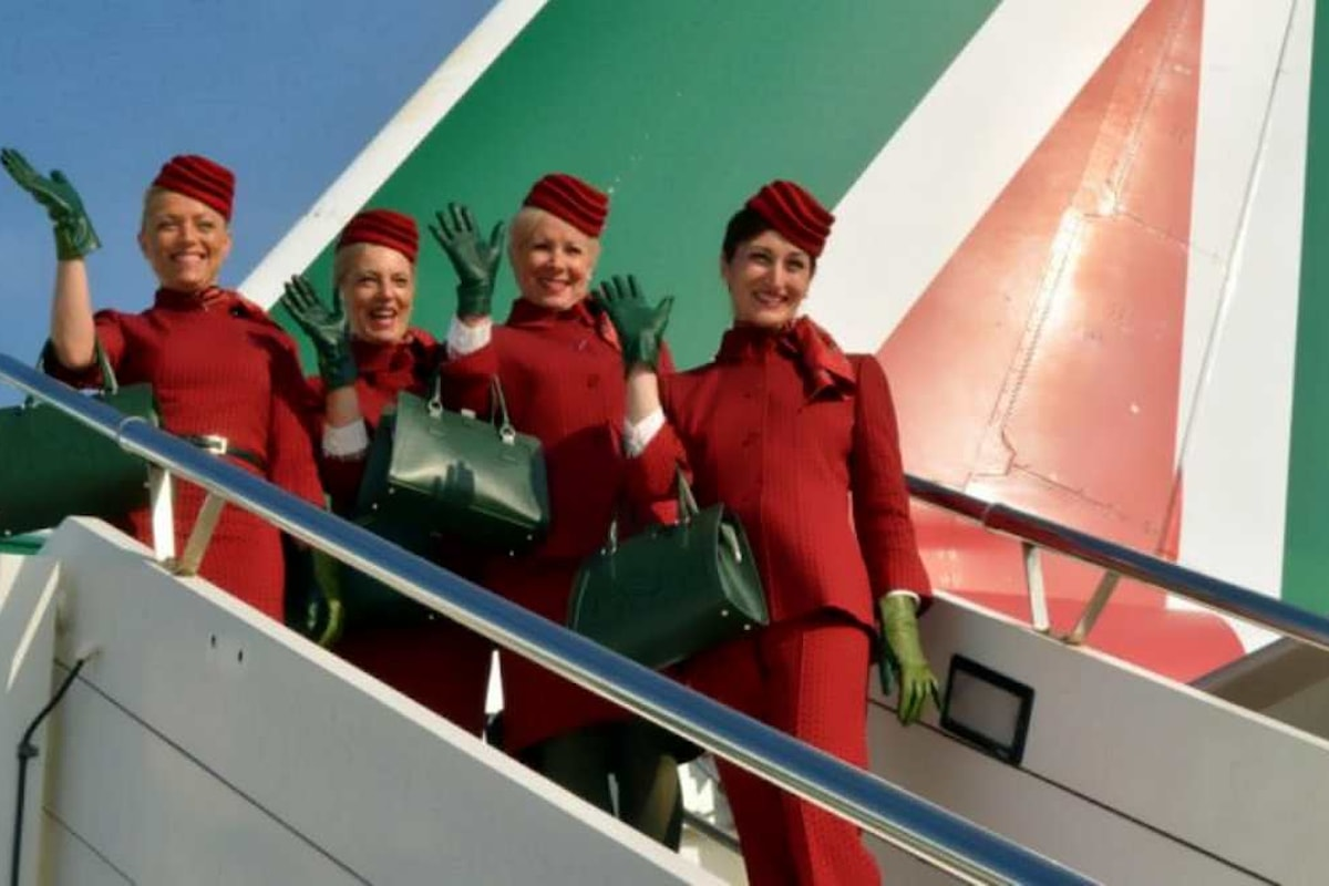 La lite con la Francia costa l'addio di Air France al piano di salvataggio di Alitalia