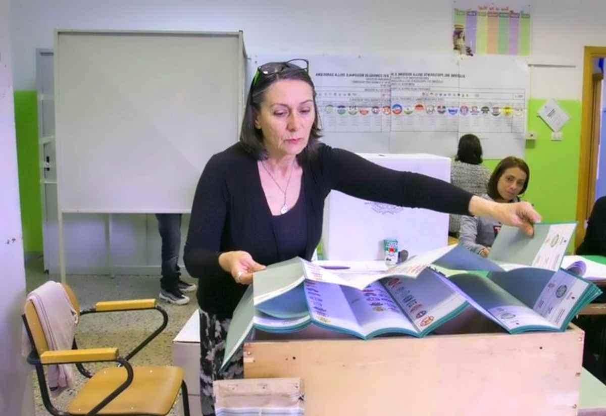 Il voto in Sardegna in attesa dei dati definitivi conferma il crollo nei consensi del Movimento 5 Stelle