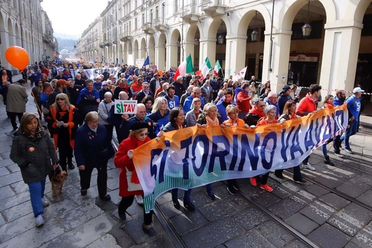 Questo sabato i Sì Tav sfilano di nuovo a Torino