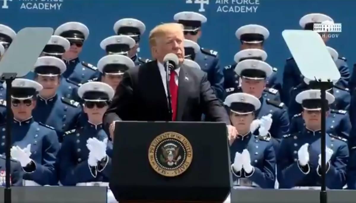 L'angoscia di Trump svela i timori per future conseguenze che potrebbero derivargli dall'inchiesta di Mueller
