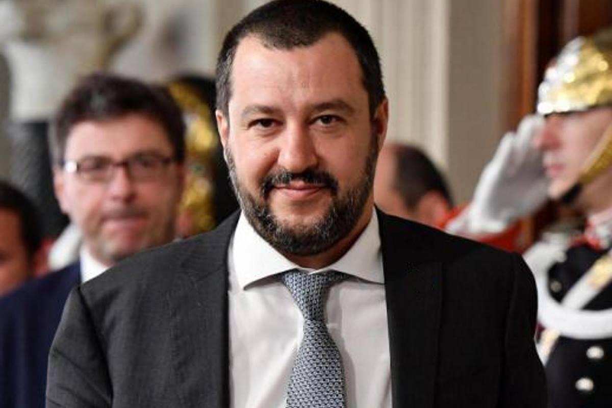 Salvini ha già sostituito Conte ed è nei fatti il premier in carica
