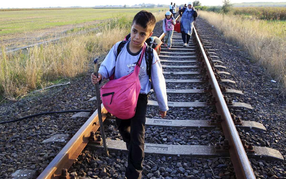 Papa Francesco: come rispondere alla sfida delle migrazioni: accogliere, proteggere, promuovere e integrare