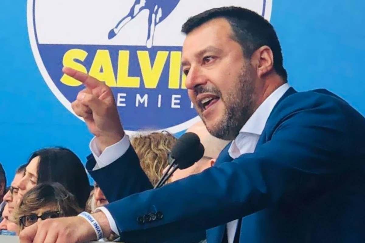 La Chiesa dice no al Dio è con noi spacciato da Salvini