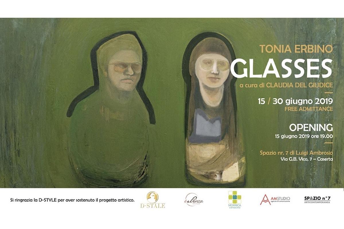 Glasses di Tonia Erbino, a cura di Claudia Del Giudice, si avvale del supporto dell'azienda ottica leader a livello internazionale di Domenico Auriemma