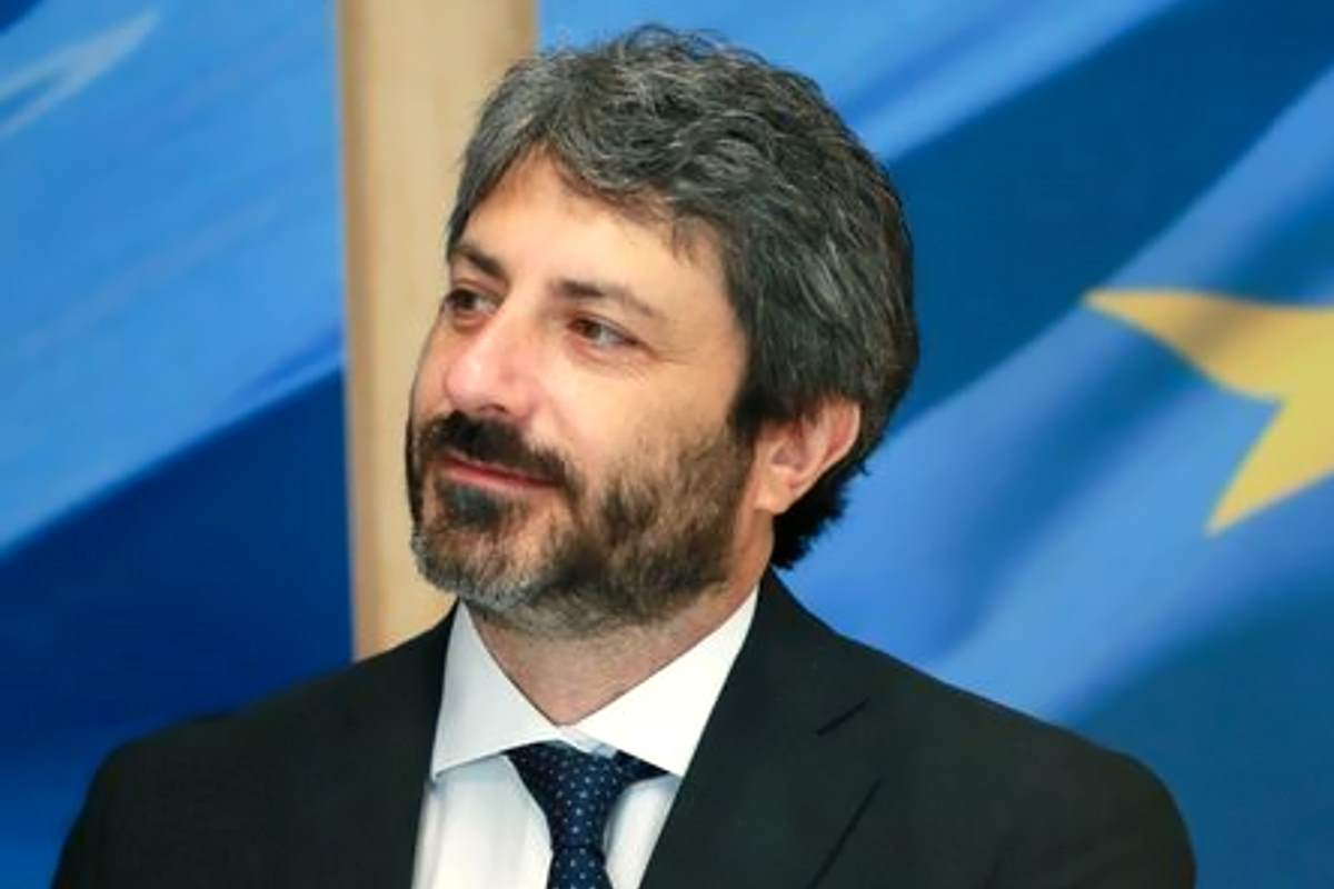 Fico ricorda come l'Italia dovrebbe essere: una comunità solidale e coesa che rispetti anche migranti e rom