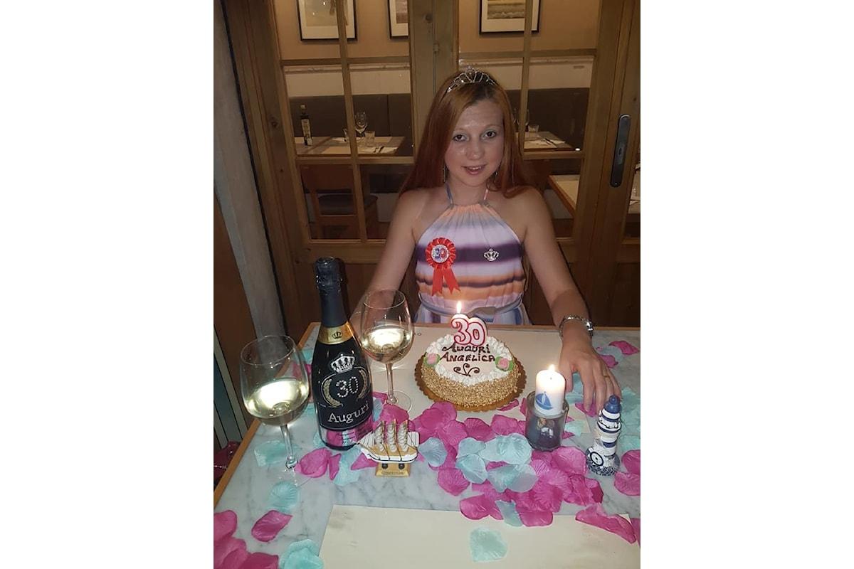 Un compleanno bellissimo! Ha dichiarato Angelica Loredana Anton, per i suoi 30 anni.