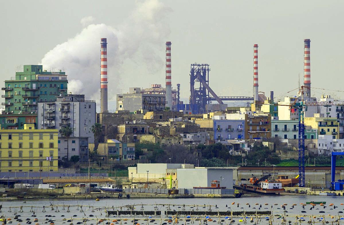 Da parte di ArcelorMittal acquistare Ilva per chiuderla non è più un'ipotesi, ma la realtà