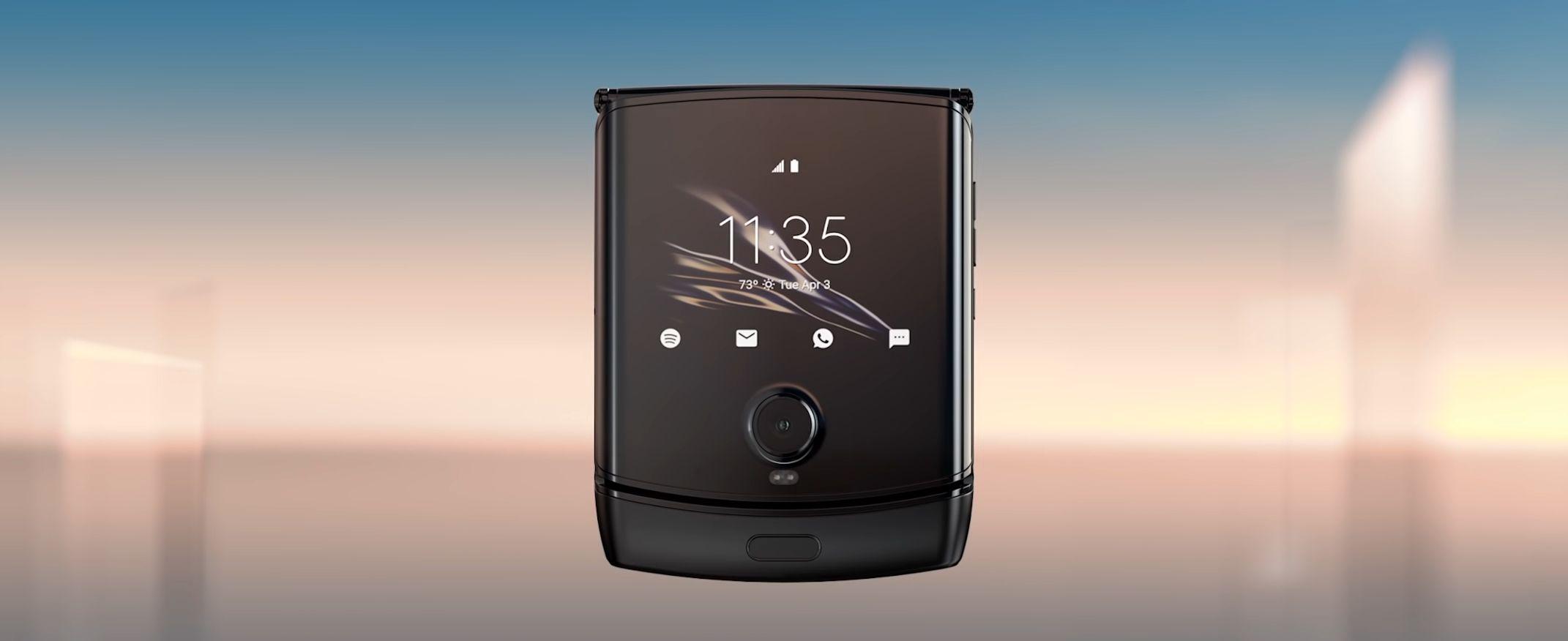 Motorola RAZR 2019 ufficiale: design RAZR, ma con display pieghevole