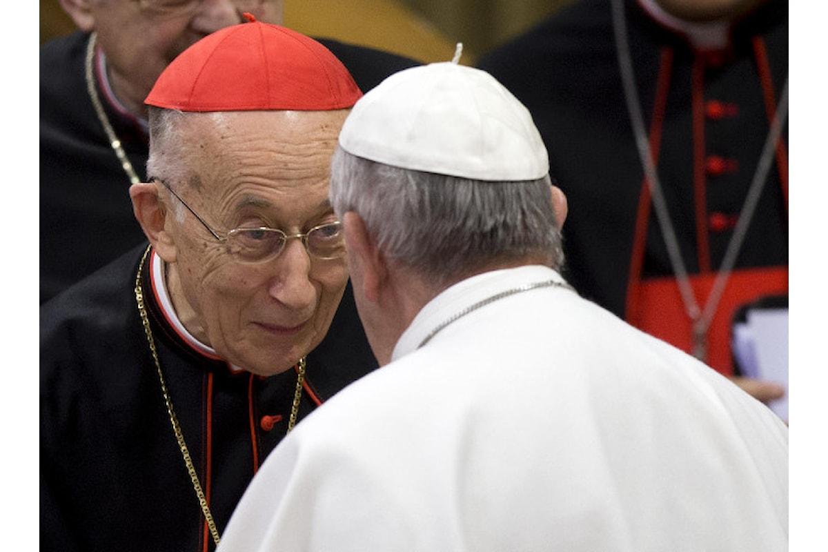 Sui preti sposati Ruini ragiona in termini sociologici, nell'intervista al Corriere ci dimostra il vero stile evangelico di Papa Francesco