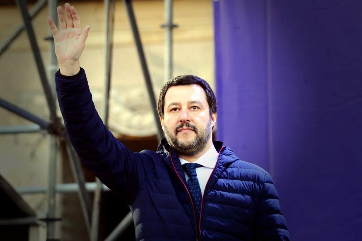 Salvini, neo paladino dell'apartheid israeliano, adesso dice di volersi far processare per il caso Gregoretti