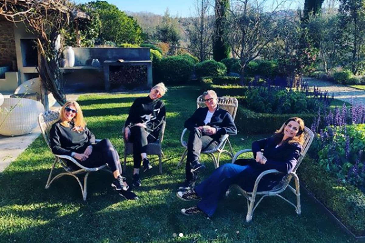 Colin Firth abbraccia Livia Giuggioli a Capodanno 2020