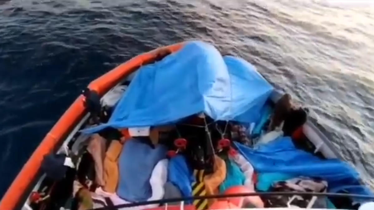 363 persone a bordo della Open Arms sono in attesa di un porto sicuro