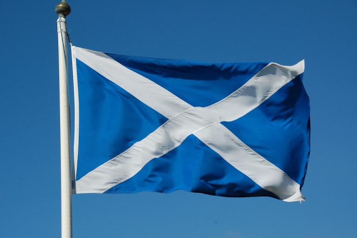 La Scozia fornirà gratuitamente a tutte le donne gli assorbenti