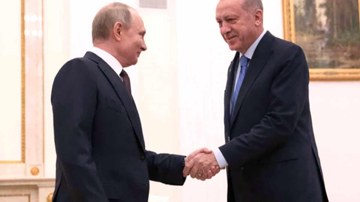 Accordo tra Putin e Erdogan per una tregua a Idlib ma la situazione dei migranti al confine con la Grecia peggiora