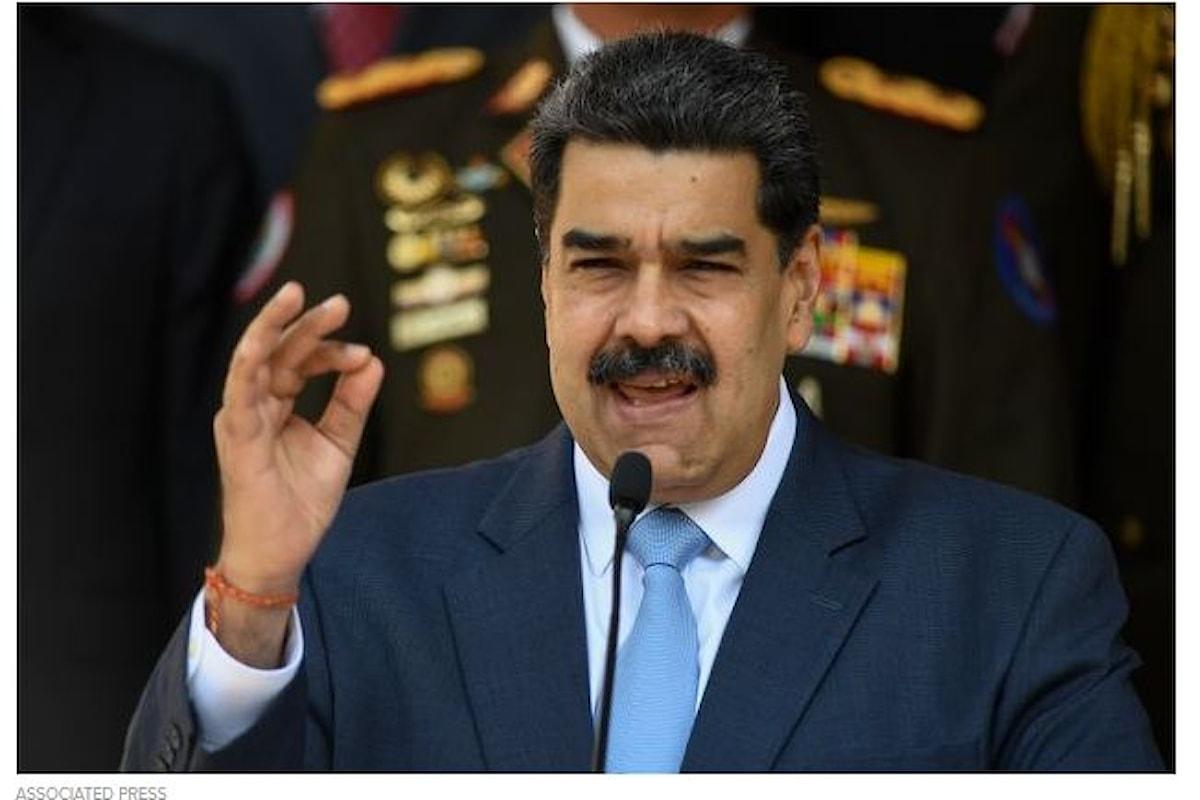 Gli Stati Uniti mettono una taglia di 15 milioni di dollari sul presidente del Venezuela Nicolas Maduro