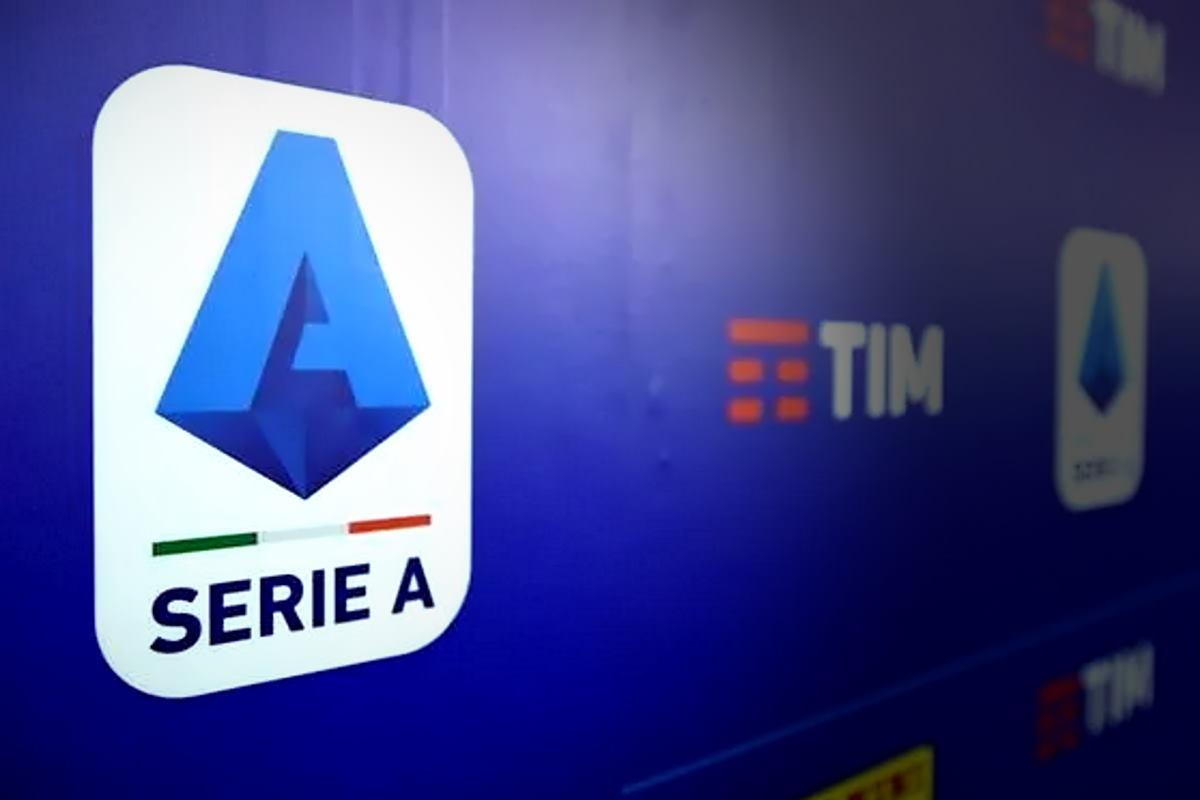 La Serie A dovrebbe riprendere ad allenarsi da lunedì, ma il protocollo deve essere rivisto e approvato da Governo e Cts