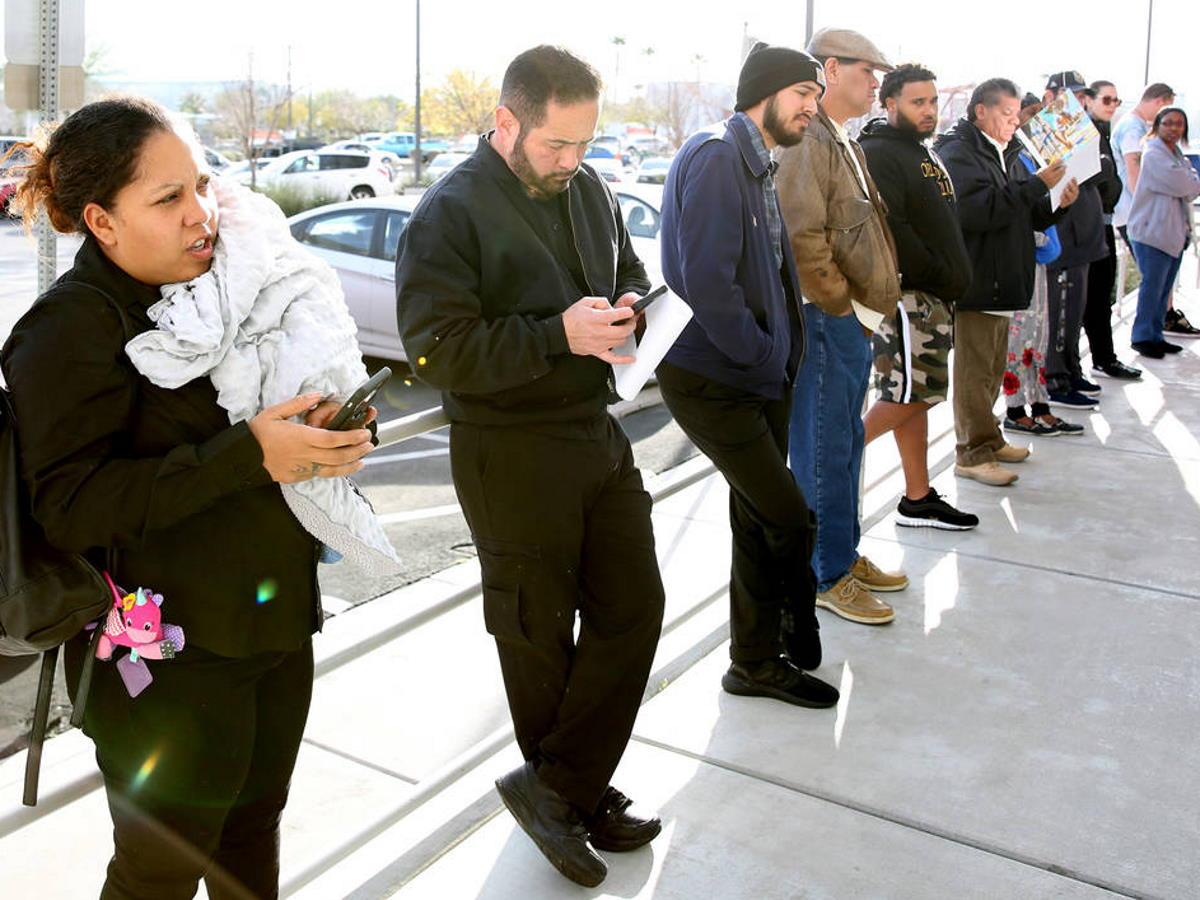 Negli Usa sono arrivate quasi a 39 milioni le domande per i sussidi di dispoccupazione
