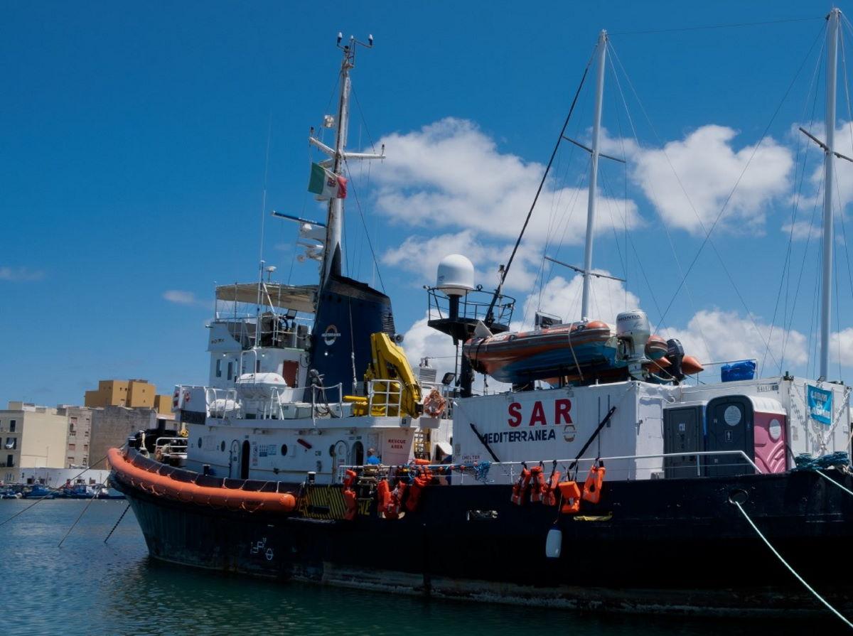 10 giugno, la Mare Jonio è di nuovo operativa nel Mediterraneo centrale