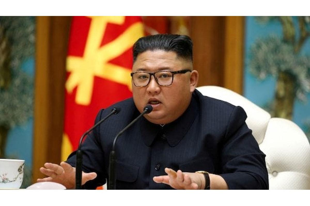 Corea del Nord, divieto di sesso per gli adolescenti