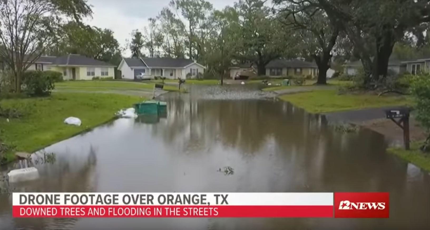 L'Uragano Laura colpisce la Louisiana con venti fino a 240 km/h