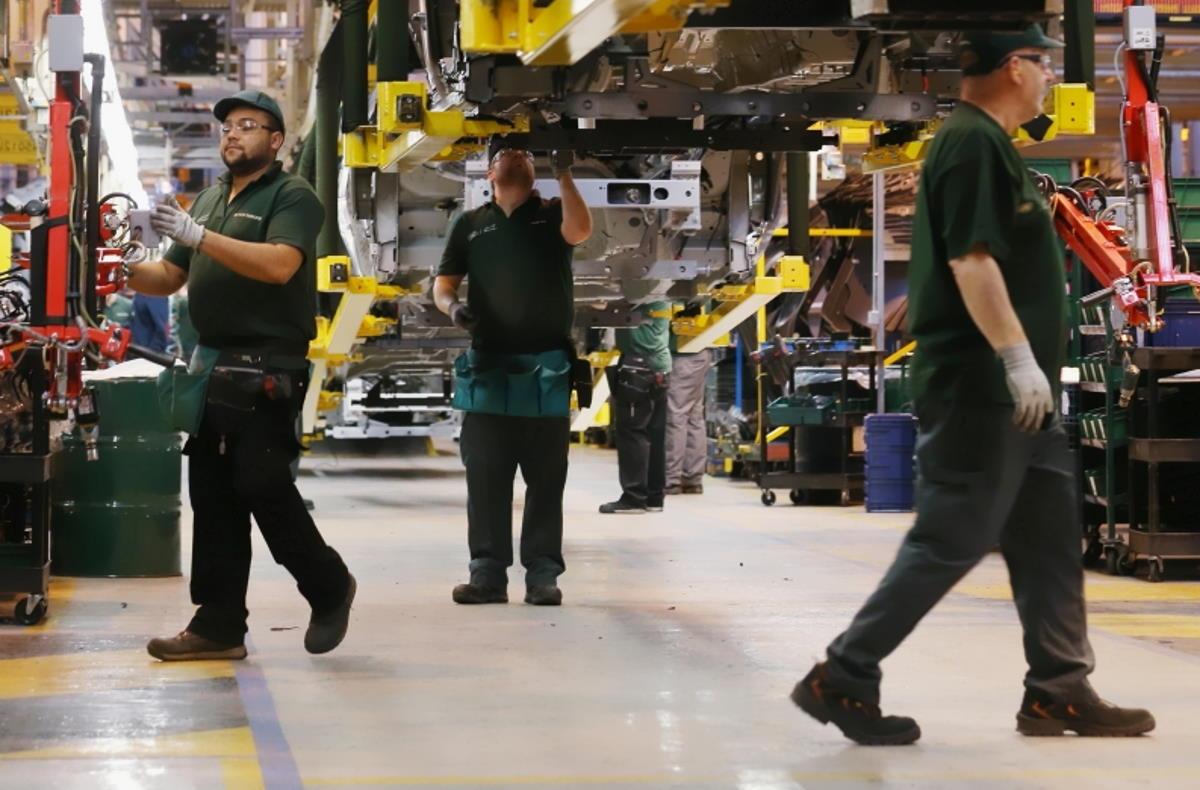 A giugno 2020 continua a crescere il dato congiunturale della produzione industriale