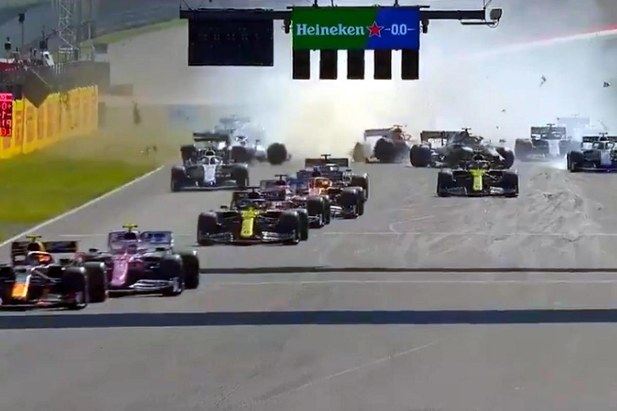 Formula 1, dal caos del Mugello emerge ancora Hamilton che conquista la 90ª vittoria in carriera