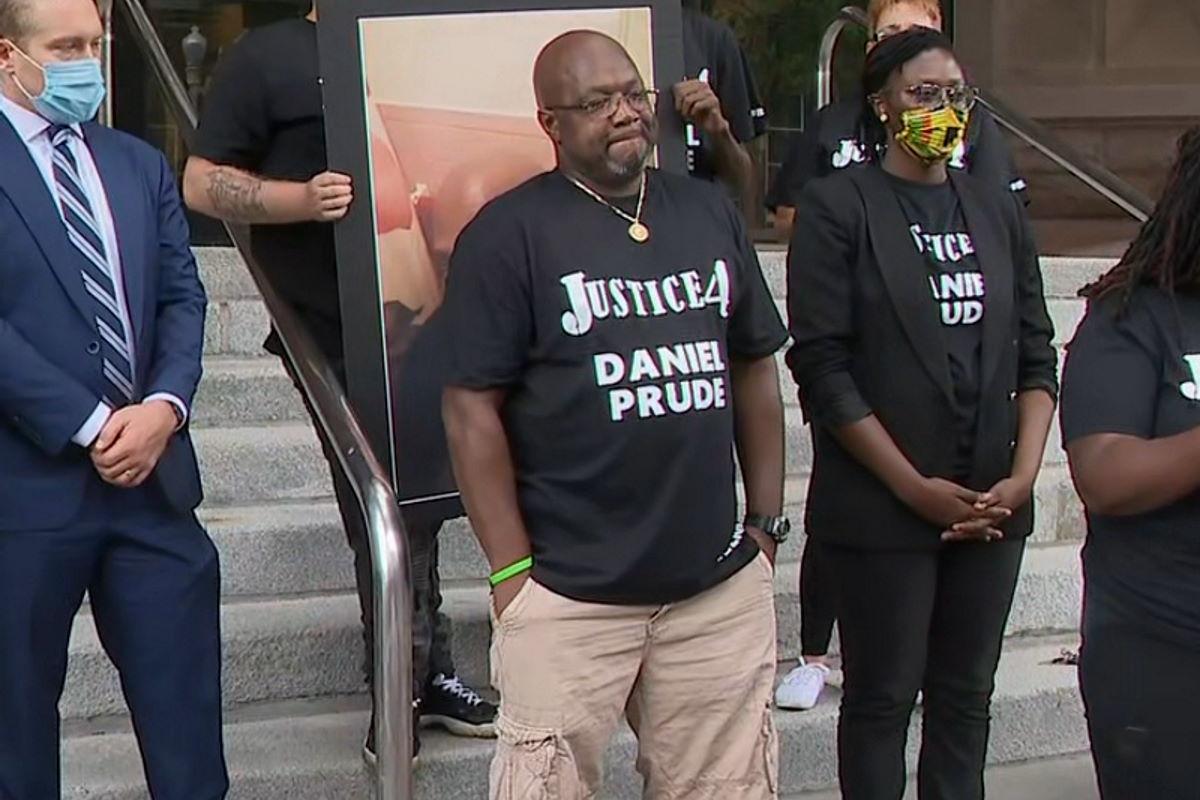 Un altro afroamericano morto soffocato durante un arresto. L'episodio è accaduto a Rochester