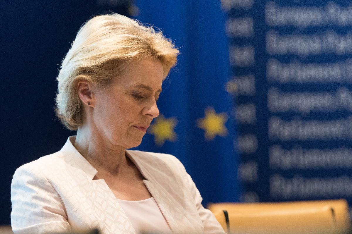 Ursula von der Leyen: la Commissione Ue ha informato Londra di aver aperto una procedura d'infrazione contro il Regno Unito