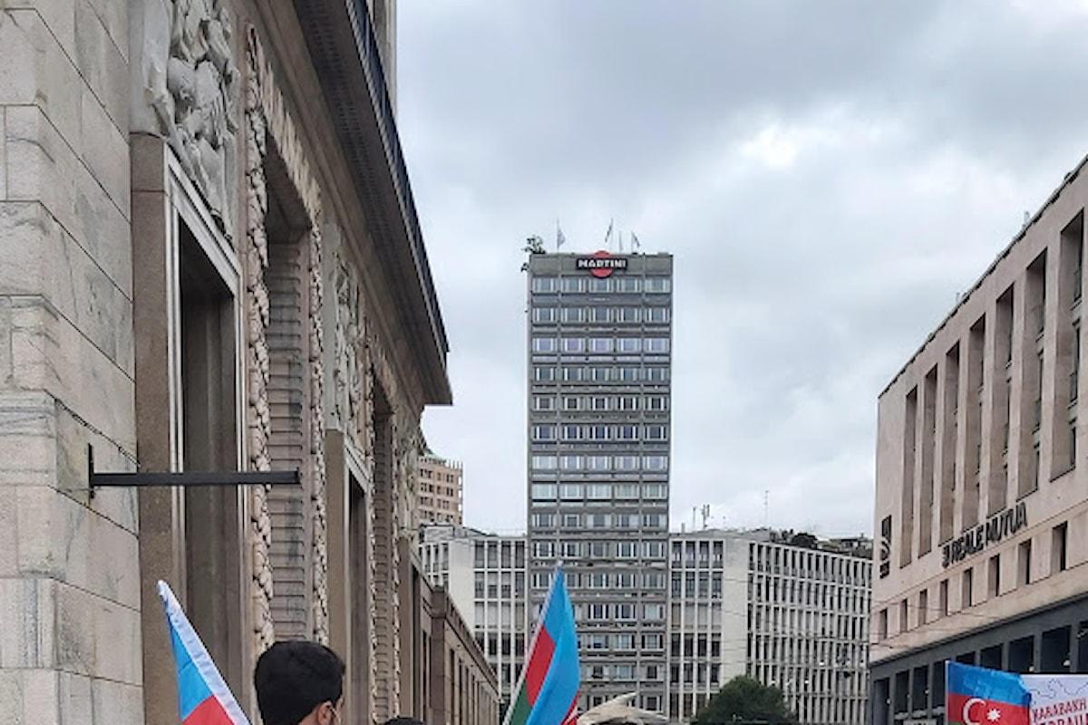 Studenti e cittadini dell'Azerbaigian hanno manifestato a Milano e a Roma
