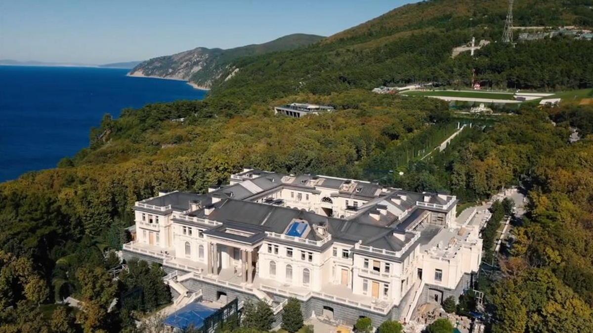 La villa di Putin sul Mar Nero? È di Arkady Rotenberg
