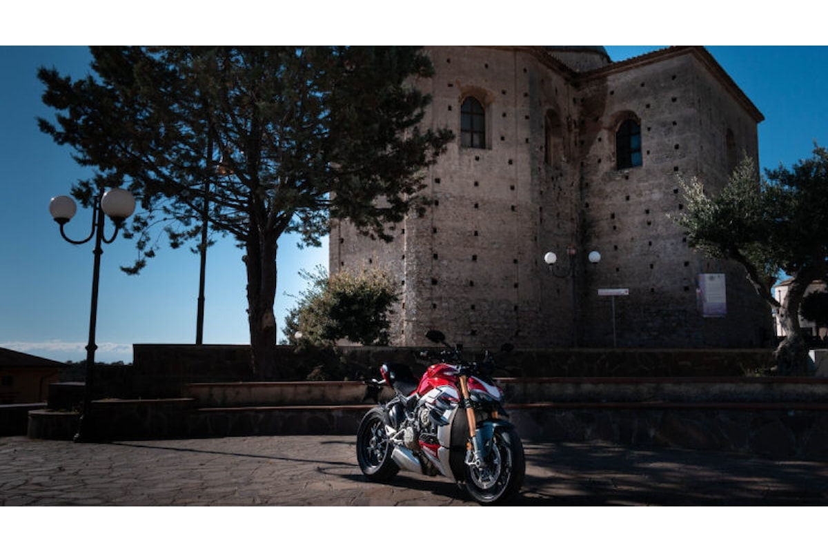 Ducati Streetfighter: la più cattiva del reame