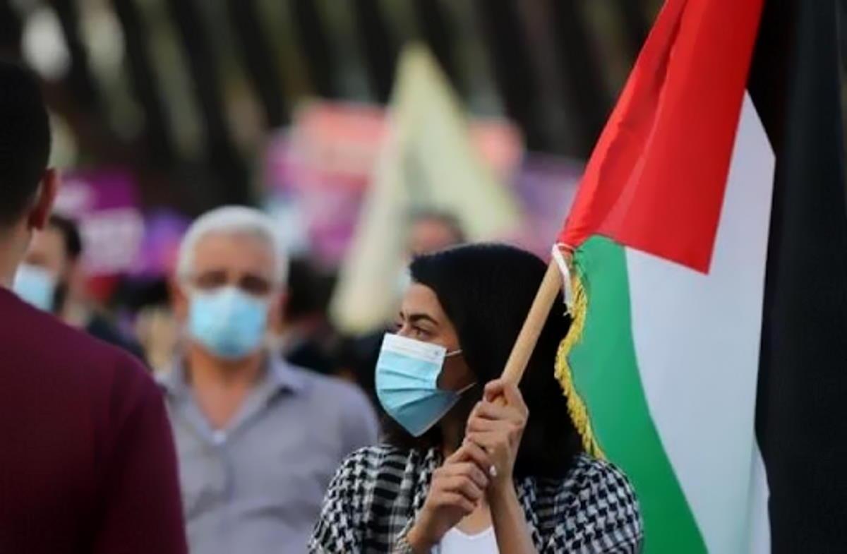 Tutti si complimentano con Israele per le vaccinazioni anti Covid, ma nessuno si preoccupa di quelle dei palestinesi in Cisgiordania e a Gaza