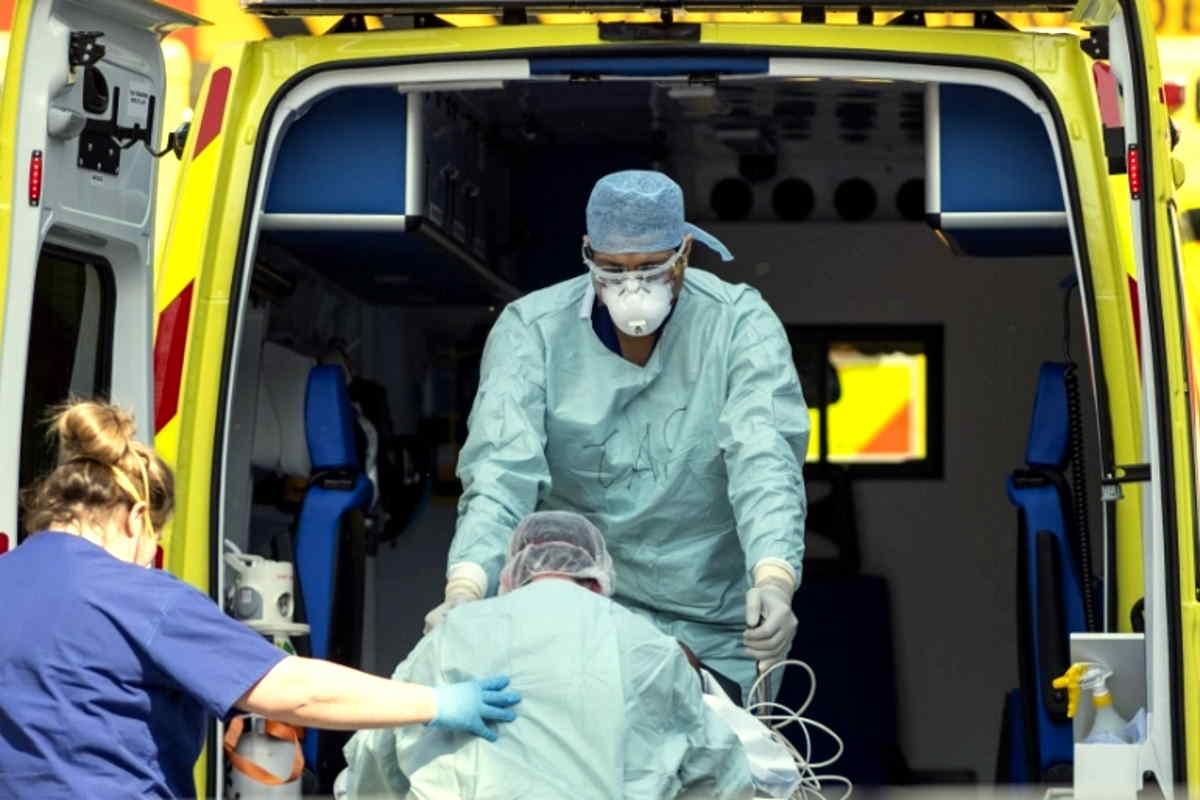 Gran Bretagna, è il quarto giorno consecutivo in cui il numero dei morti supera quota mille