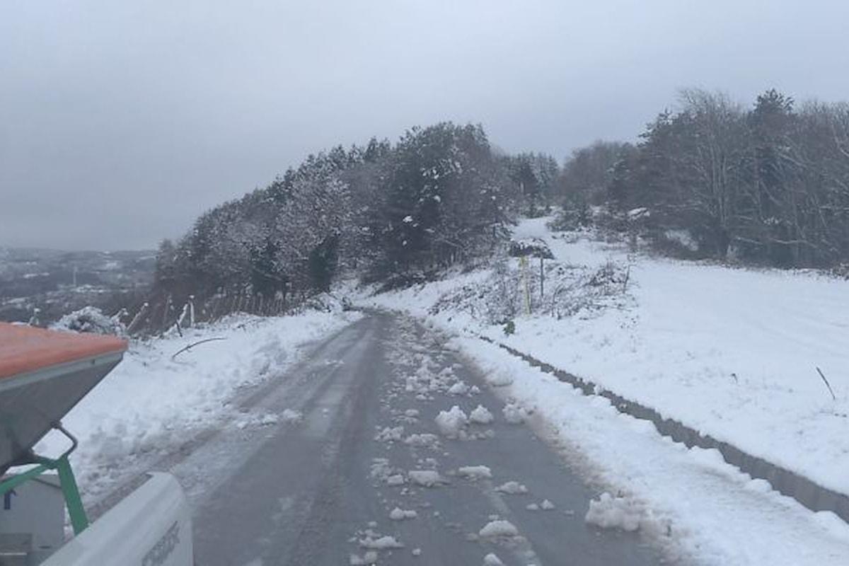 Monti Nebrodi (ME) - Emergenza neve, in azione mezzi ed operatori della Città