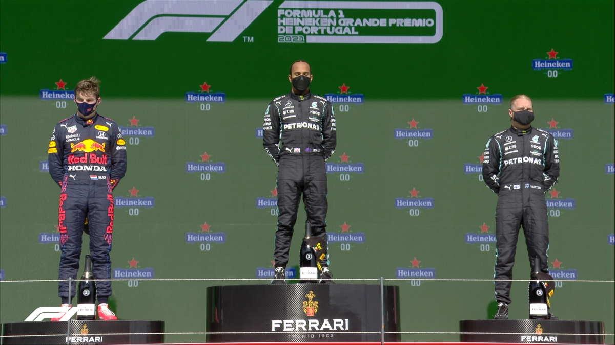 Formula 1, Hamilton trionfa in Portogallo avvicinandosi al traguardo delle 100 vittorie in carriera