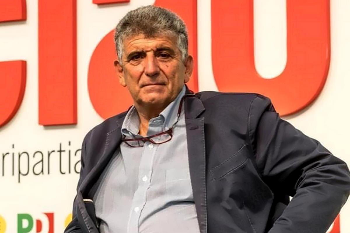 Bartolo, medico di Lampedusa e eurodeputato dem: Basta finanziare i delinquenti libici