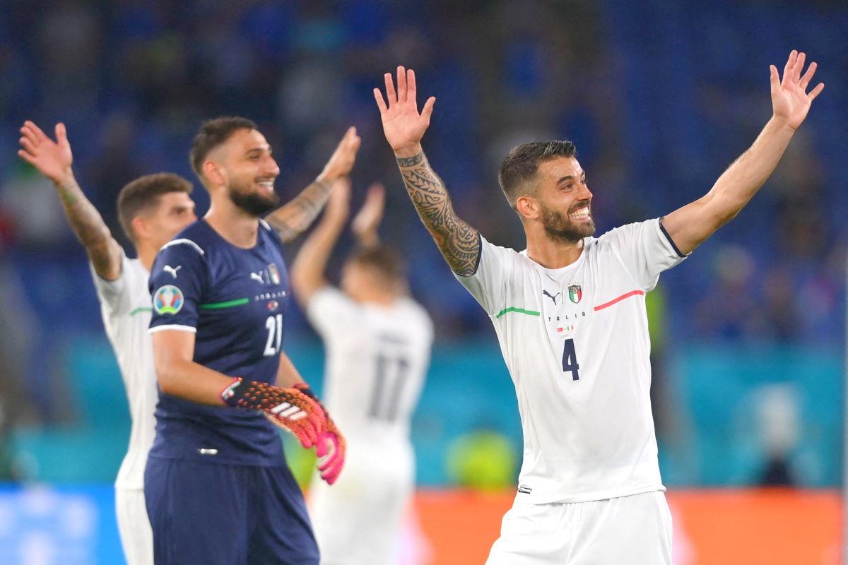 L'Italia si sbarazza facilmente della Turchia per 3-0 nella partita inaugurale di Euro 2020