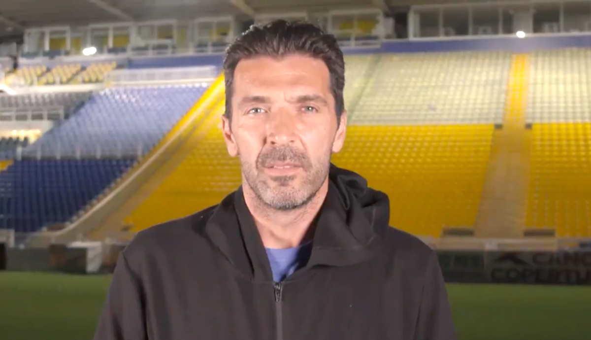 Buffon torna alle origini, sarà il portiere del Parma fino al 2023
