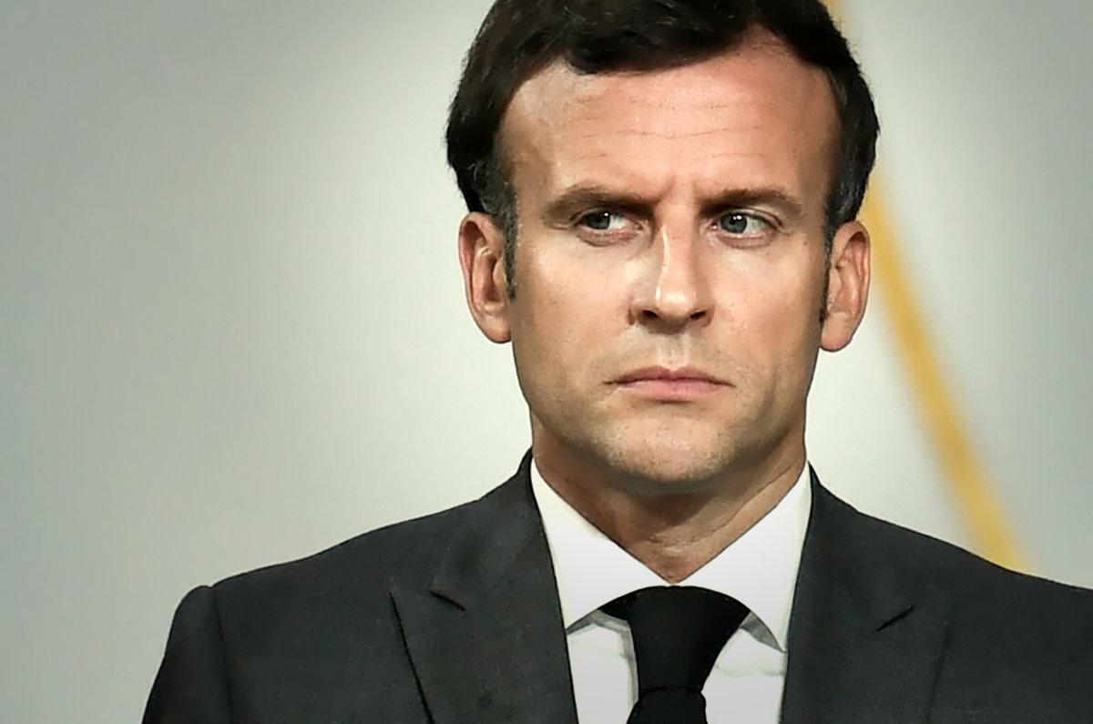 Francia: Macron decide di penalizzare chi non si è ancora vaccinato