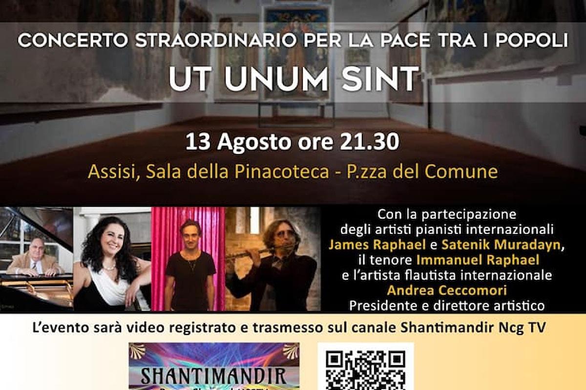 Assisi, Sala della Pinacoteca: Concerto per la Pace tra i popoli