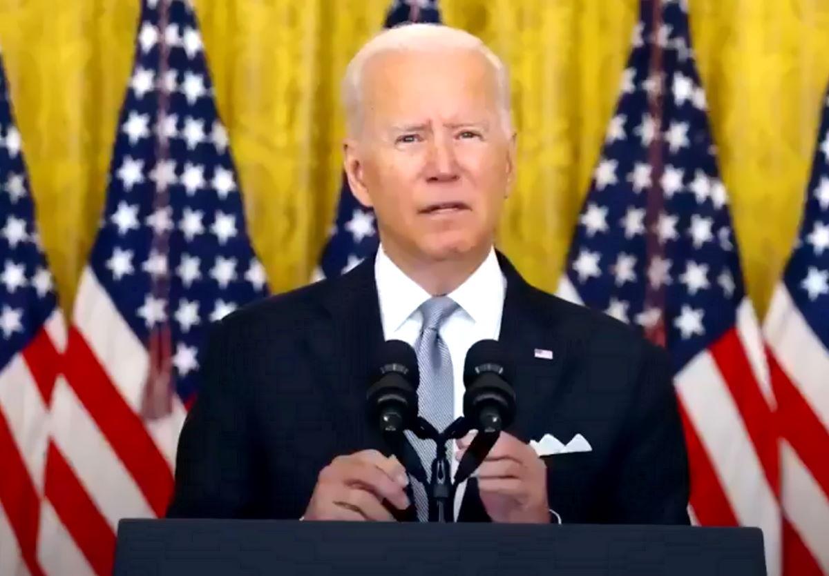Biden: i soldati americani non possono rischiare di morire in una guerra che i soldati afgani si rifiutano di combattere