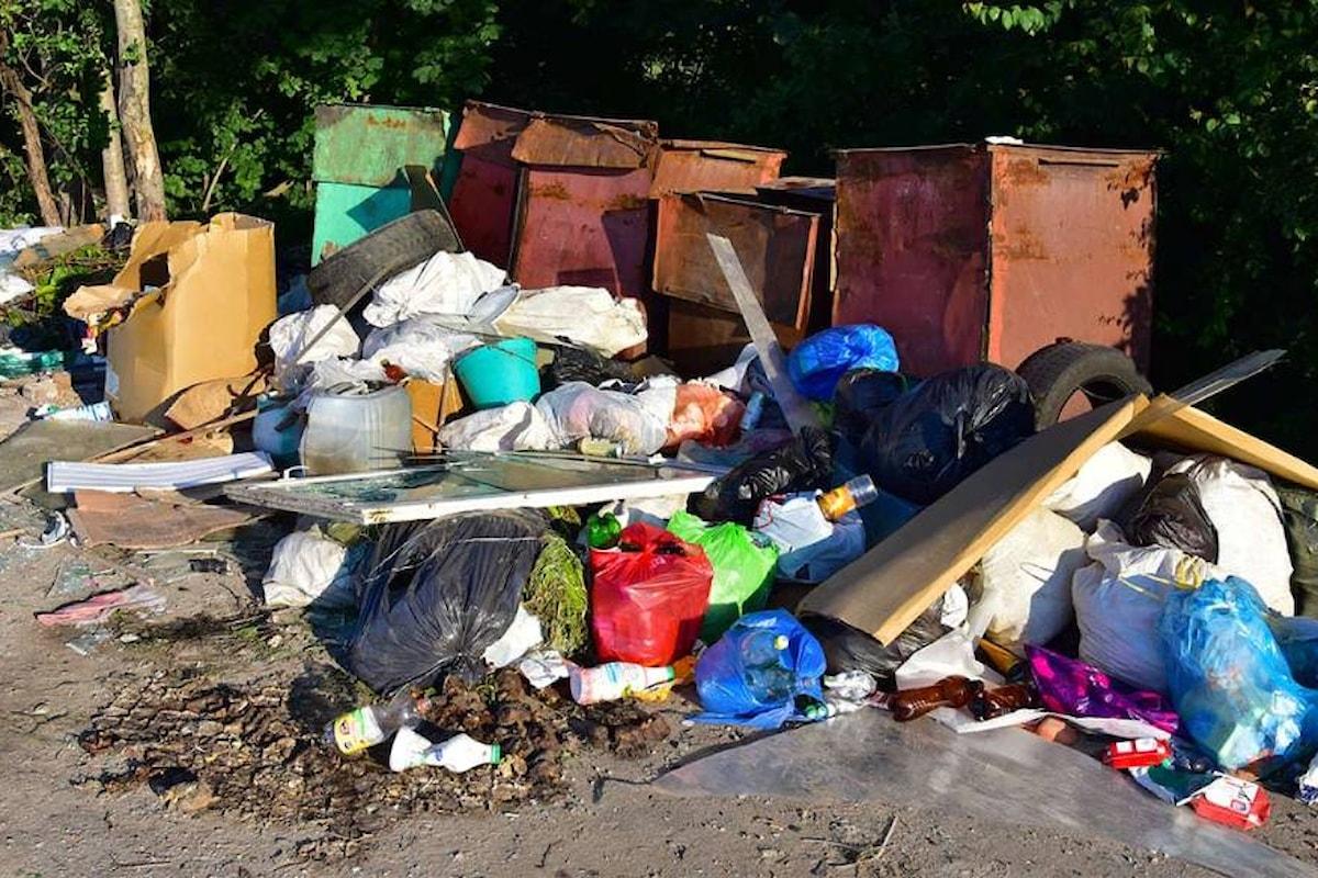 Milazzo (ME) - Mancata differenziazione dei rifiuti e abbandono selvaggio, elevate 60 multe