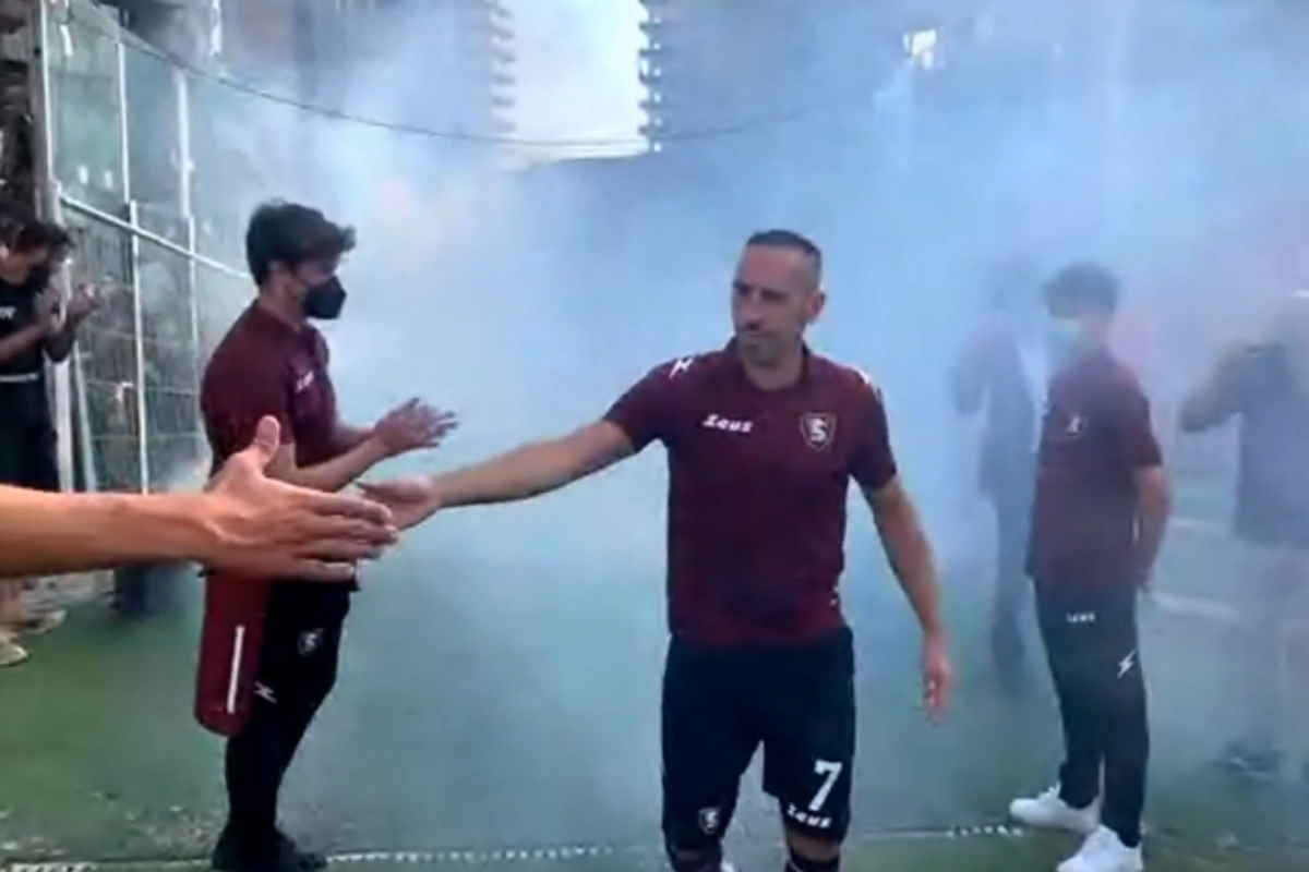 È ufficiale, Franck Ribery alla Salernitana fino al 2022