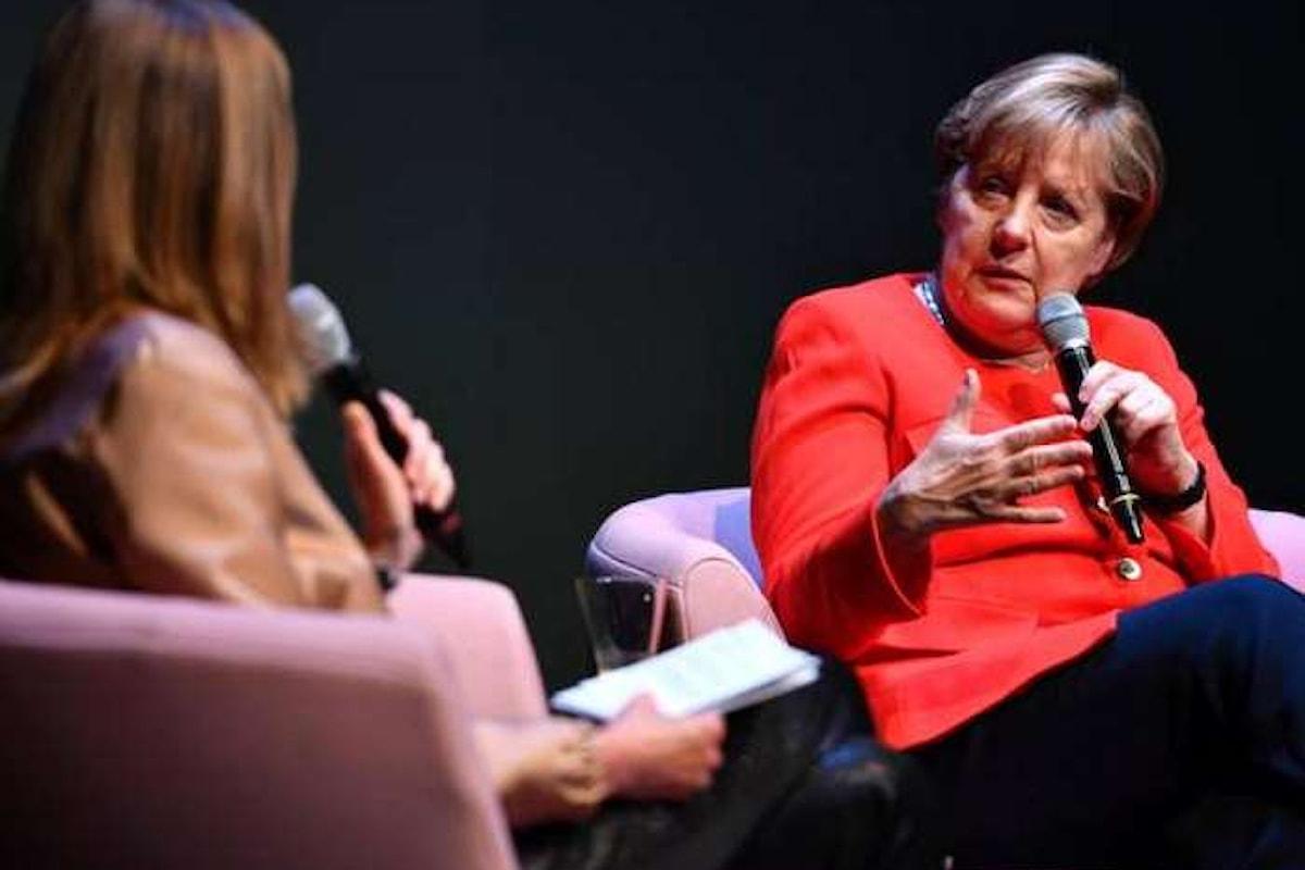 In Germania la Merkel favorevole al voto su una legge per il matrimonio tra gay