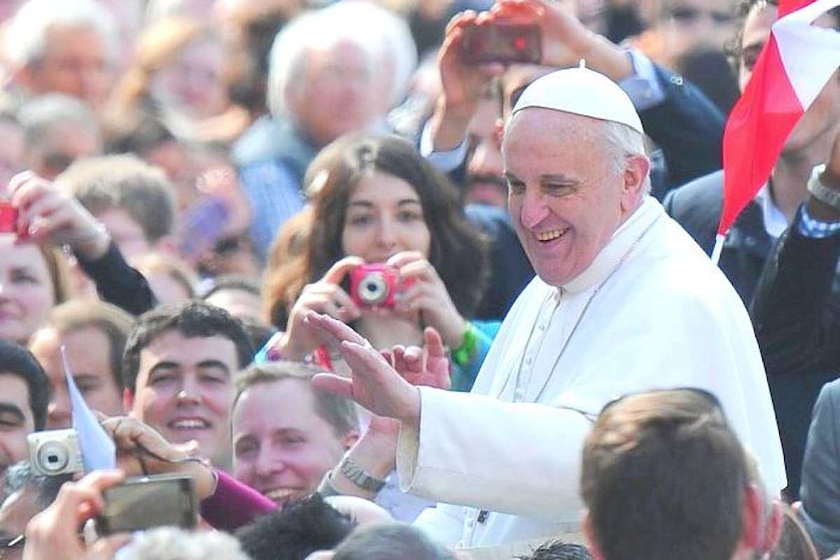Papa Francesco: «Per favore, portati indietro il tuo assegno, brucialo»