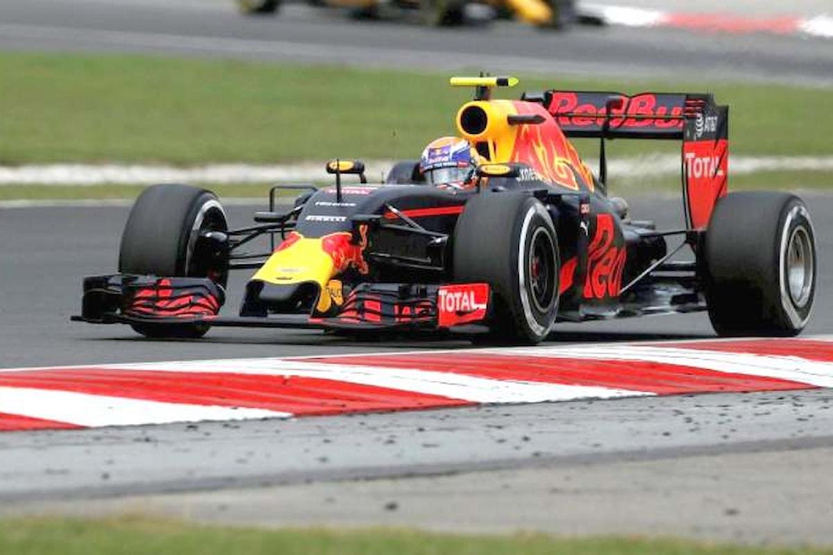 Formula 1, in Malesia trionfano le Red Bull. Per le Ferrari un mezzo disastro