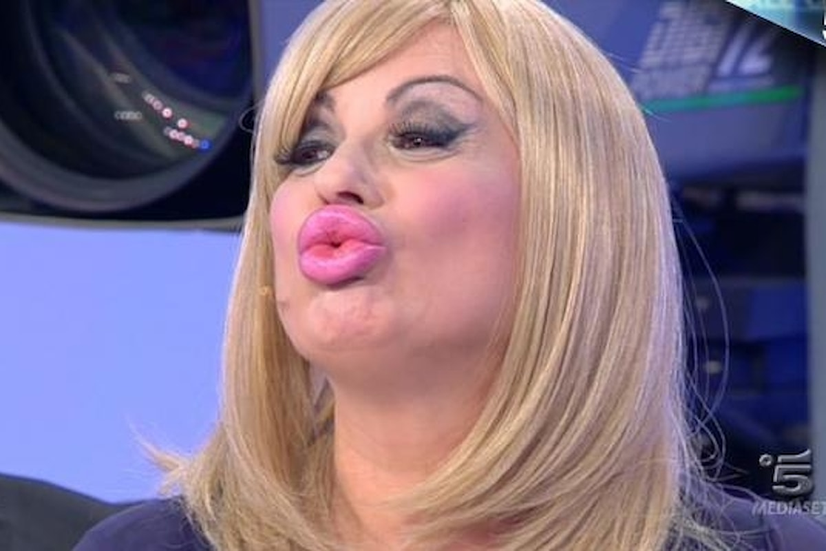 Tina Cipollari si è rifatta le labbra! Ecco la confessione