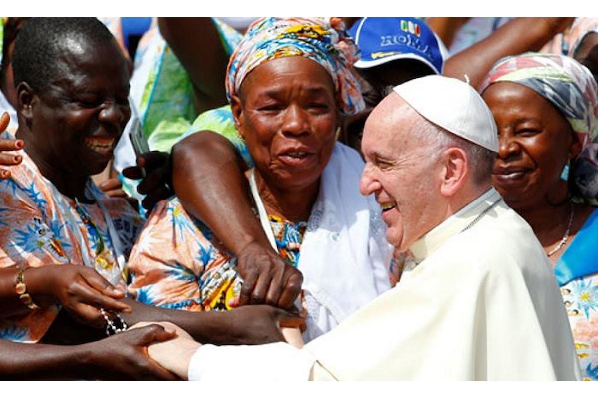 Papa Francesco accusa quanti fomentano la paura nei confronti dei migranti, anche a fini politici
