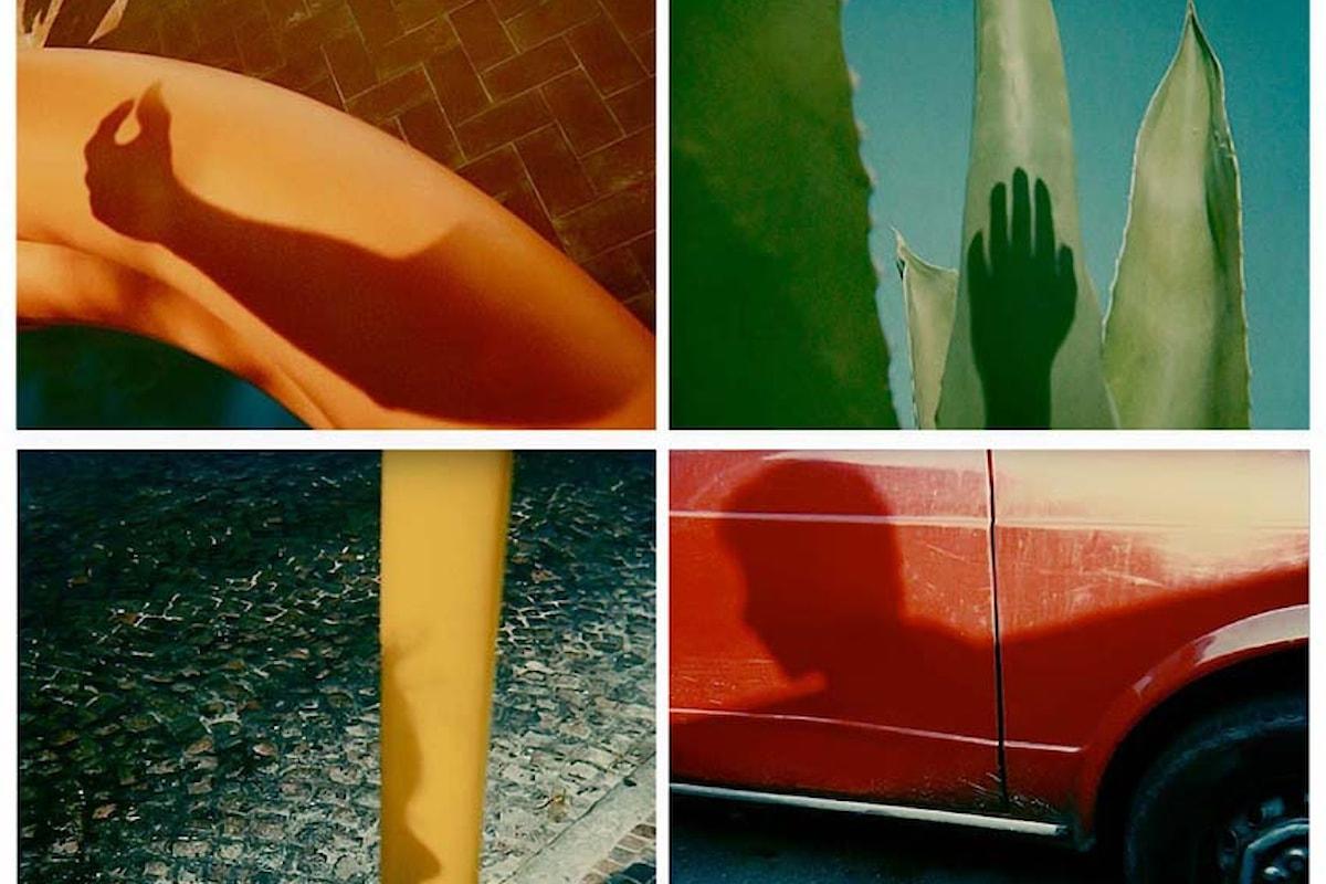 Stile unico e inconfondibile nelle Polaroid di Augusto De Luca